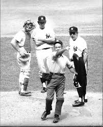Houk-ejected-by-Marty-Springstead-Rob-Gardner-and-Munson-watch-3rd-inning-Aug-1972
